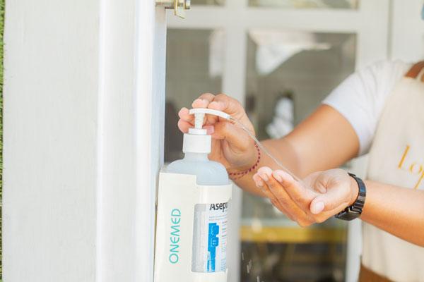 hand-sanitizer-for-customer